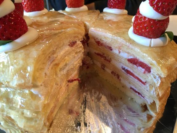 최고의 딸기생크림케이크를 찾아서