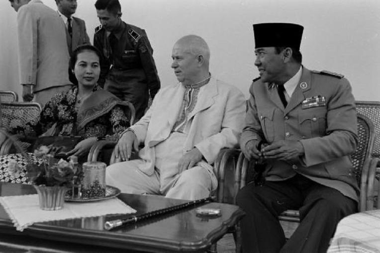 동서 냉전기 인도네시아를 방문한 소련 공산당 흐루시코프 서기장 - USSR Chairman Nikita Khrushchev Visit To Indonesia