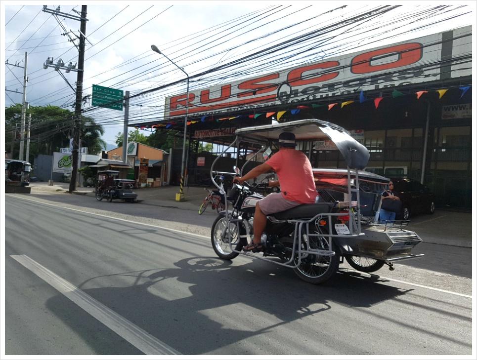 필리핀 교통수단 트라이시클 지푸니 이용하면 재미나요